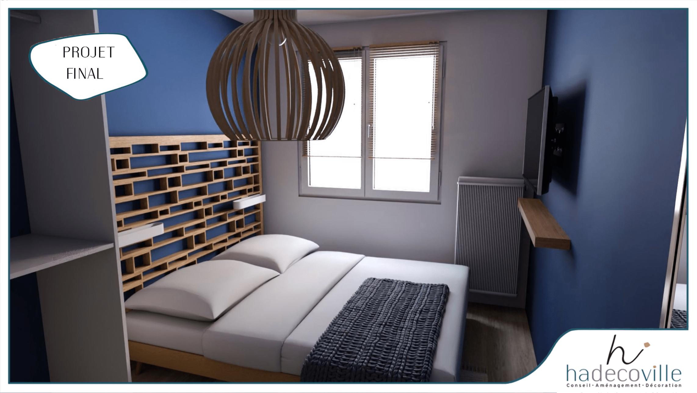 Chambre bleu avec tête de lit géométrique